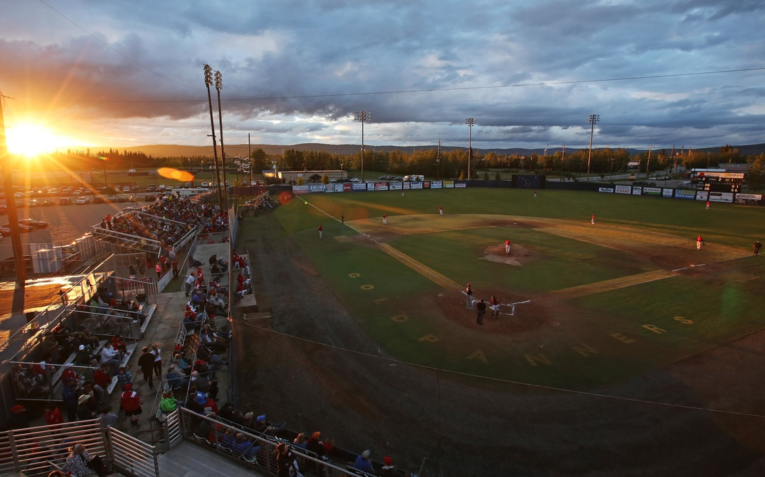 Midnight Sun Baseball Game, Goldpanners vs Oilers, Fairbanks Goldpanners